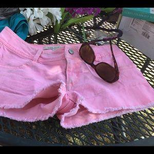 Forever 21 size 27 hot pink denim shorts